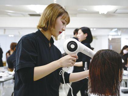 美容師のお仕事を知ろう!!(体験授業編) のイメージ