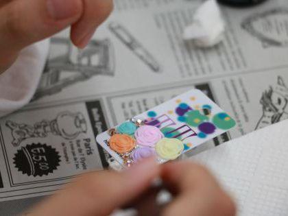 キラキラデコ小物作り体験 のイメージ